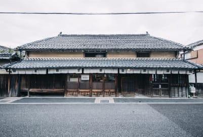 篠⼭城下町ホテル NIPPONIA